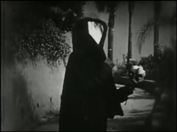 Image from Meshes of the Afternoon (Maya Deren and Alexander Hamid, 1943)
