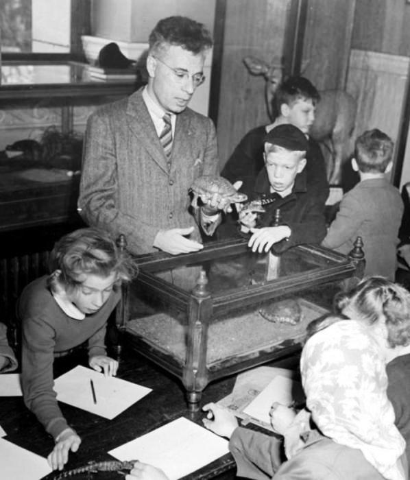 Dr. G. Clifford Carl with the Junior Natural History Club, 1949. (BC Archives I-00415, detail)